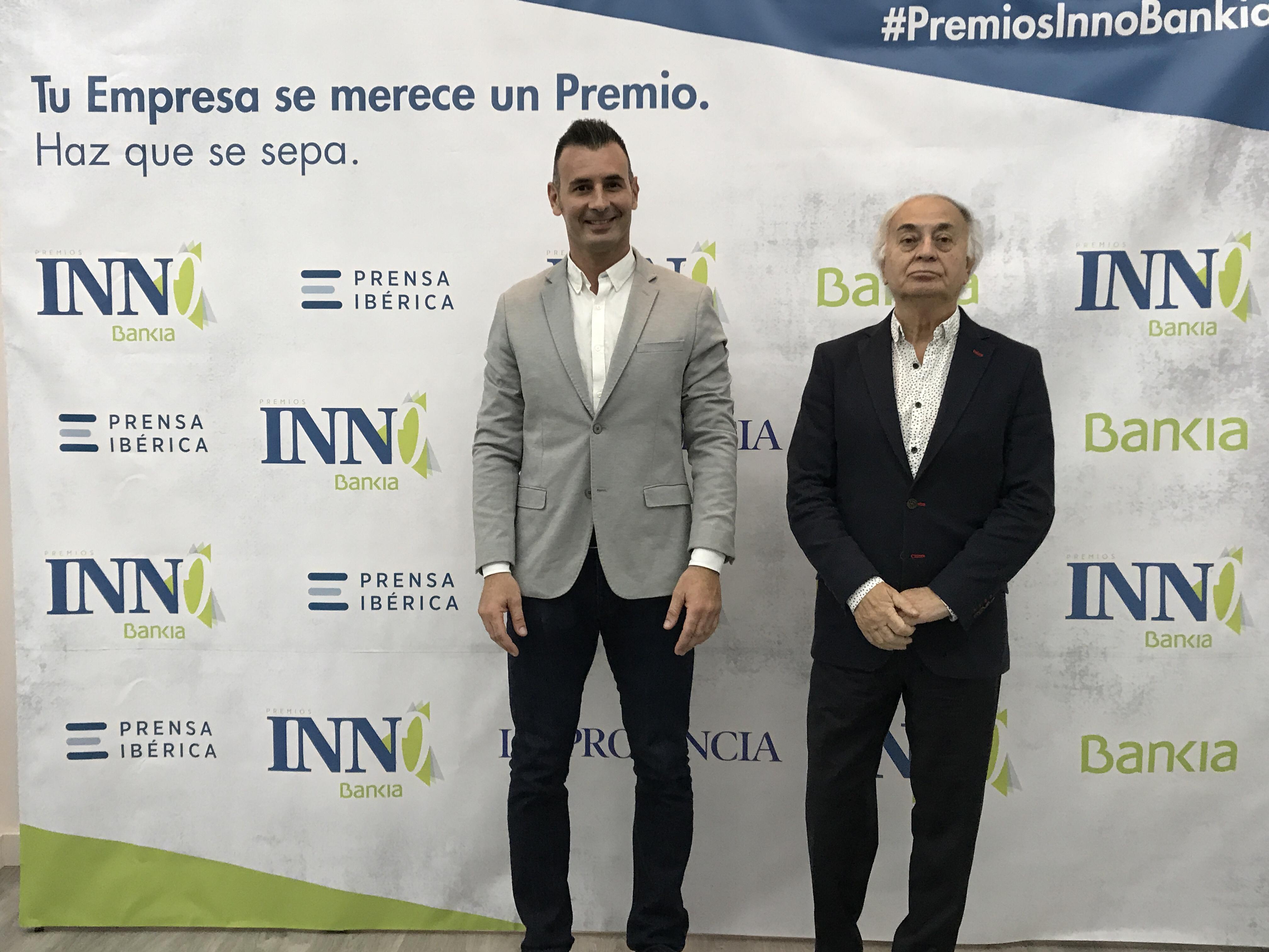 Enrique Hernández Nuez y su padre finalistas en los Premios Innobankia a la sostenibilidad por Ecobrisas