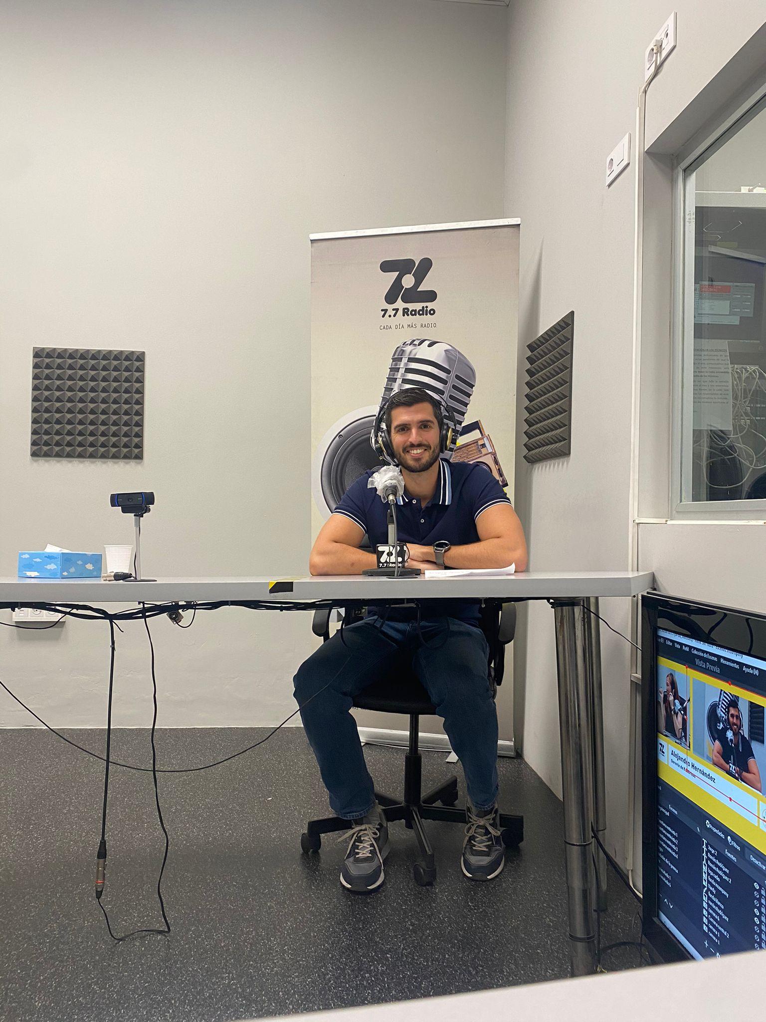 Alejandro Hernández gerente de Ecobrisas en radio In Company